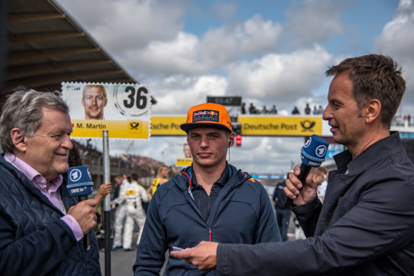 2017 DTM Round 6  Circuit Zandvoort, Zandvoort, Netherlands Sunday 20 August 2017. Max Verstappen, F1, Red Bull Racing, Norbert Haug, ARD-TV Expert World Copyright: Mario Bartkowiak/LAT Images ref: Digital Image 2017-08-20_DTM_Zandvoort_R2_0218
