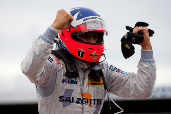 Dijon - Prenois, France. Sunday 11th October. Gary Paffett (Salzgitter AMG Mercedes C-Klasse) celebrates his victory. World Copyright: Alastair Staley/LAT Photographic.Ref: _O9T0637 jpg