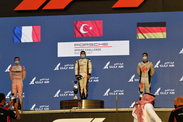 Ayhancan Güven, 1st position, Jean-Baptiste Simmenauer (FRA), 2nd position, and Richard Wagner (GER), 3rd position, on the podium