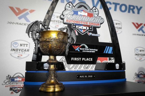 #1: Josef Newgarden, Team Penske Chevrolet, The Chalice of Excellence