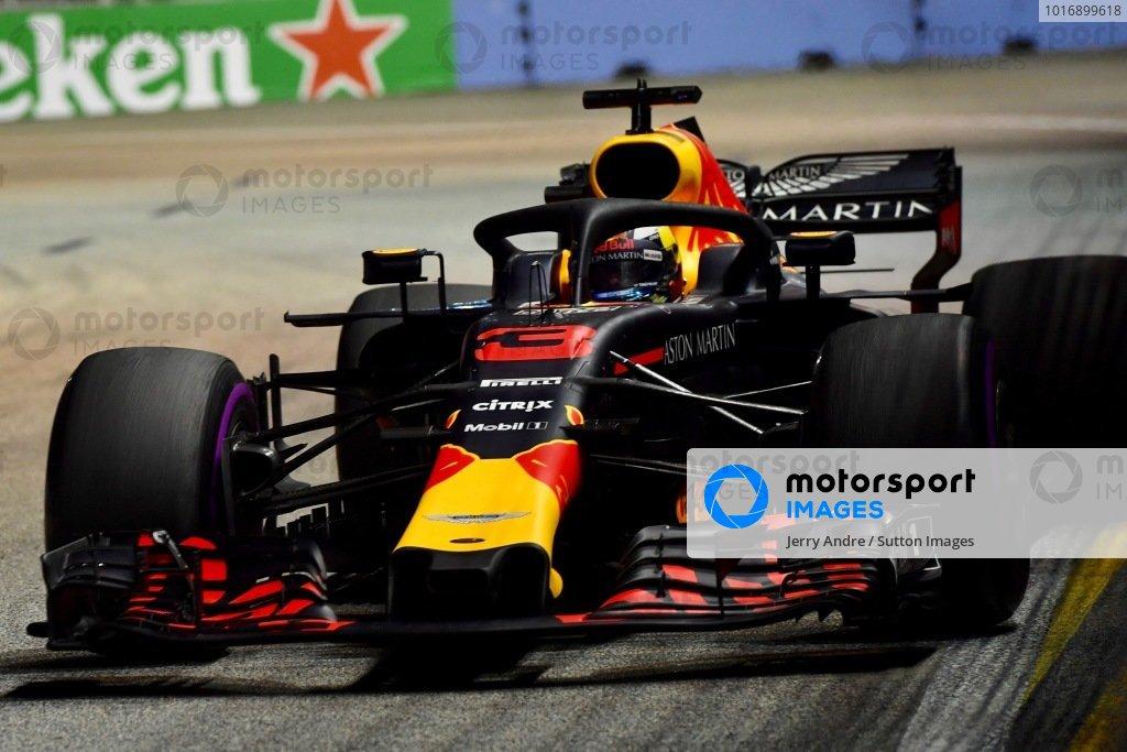 Singapore GP: Formula 1 Photo