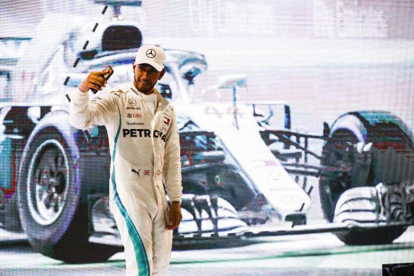Lewis Hamilton, Mercedes AMG F1, 1st position, takes a selfie