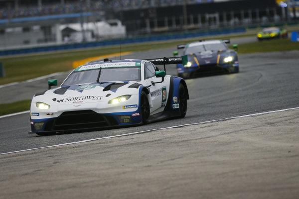 #98 ASTON MARTIN RACING Aston Martin Vantage GT3, GTD: Paul Dalla Lana, Pedro Lamy, Ross Gunn, Mat Lauda