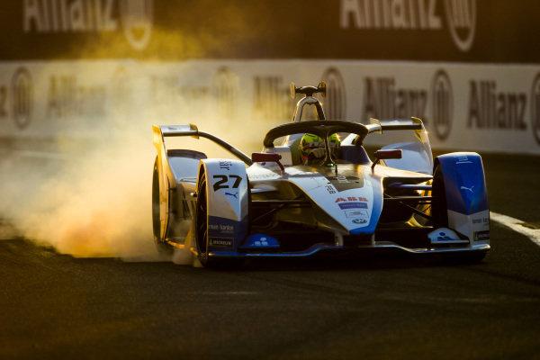 Alexander Sims (GBR) BMW I Andretti Motorsports, BMW iFE.18, locks up