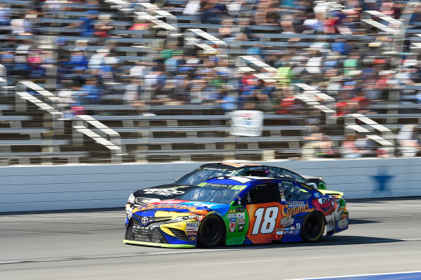 Monster Energy NASCAR Cup Series AAA Texas 500 Texas Motor Speedway Fort Worth, TX USA Sunday 5 November 2017 Kyle Busch, Joe Gibbs Racing, M&M's Caramel Toyota Camry, Ty Dillon, Germain Racing, GEICO Military Chevrolet SS World Copyright: John K Harrelson LAT Images