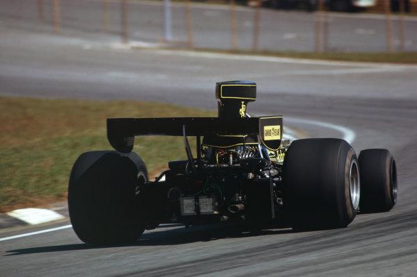 1975 Brazilian Grand Prix  Interlagos, Sao Paulo, Brazil. 24-26th January 1975.  Ronnie Peterson, Lotus 72E Ford, 15th position.  Ref: 75BRA02. World Copyright: LAT Photographic