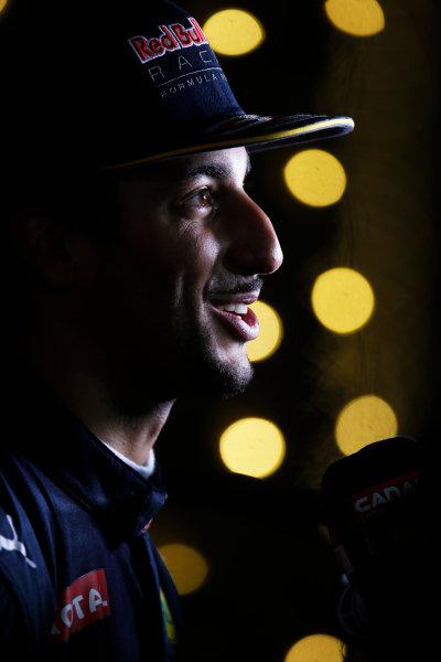 Bahrain International Circuit, Sakhir, Bahrain. Saturday 2 April 2016. Daniel Ricciardo, Red Bull Racing. World Copyright: Sam Bloxham/LAT Photographic ref: Digital Image _L4R8720