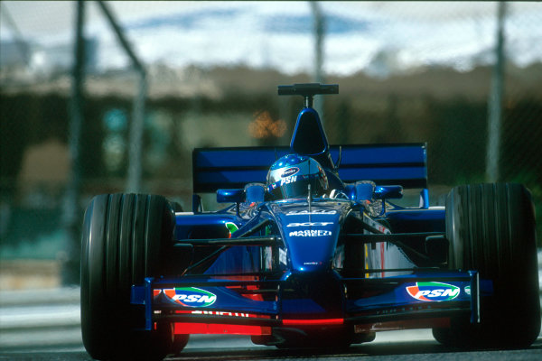 Monte Carlo, Monaco. 29th May 2001. Jean Alesi scores the first points for Prost Grand Prix with a 6th place finish.World Copyright: Charles Coates/LAT Photographic ref: 35mm Priority Image 01MON21