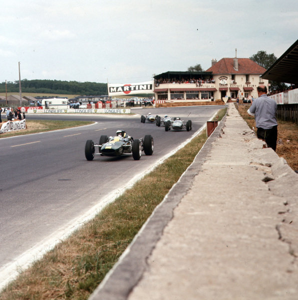 Reims-Gueux, France.4 July 1965.Jim Clark (Lotus 35-Cosworth), 3rd position.Ref-3/1773.World Copyright - LAT Photographic
