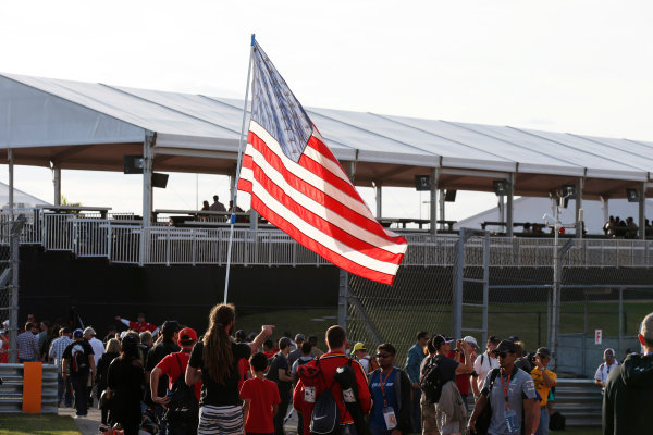 Circuit of the Americas, Austin, Texas, United States of America. Sunday 2 November 2014. Fans celebrate after the race. World Copyright: Charles Coates/LAT Photographic. ref: Digital Image _N7T5534