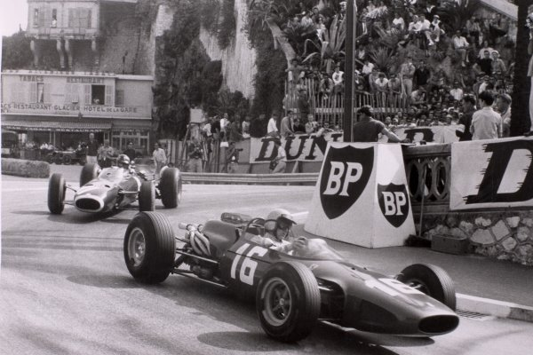 1966 Monaco Grand Prix.Monte Carlo, Monaco. 22 May 1966.Lorenzo Bandini, Ferrari 158/246, 2nd position, leads Graham Hill, BRM P261, 3rd position, action.World Copyright: LAT PhotographicRef: b&w print