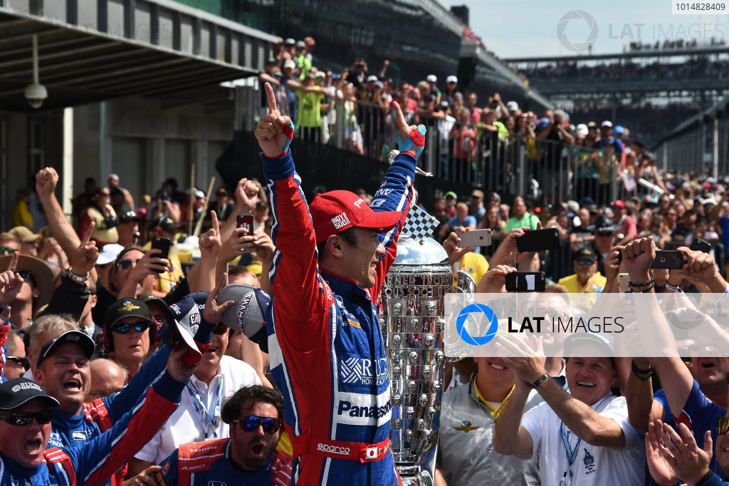 Verizon IndyCar Series Indianapolis 500 Race Indianapolis Motor Speedway, Indianapolis, IN USA Sunday 28 May 2017 Race winner Takuma Sato (JPN) Andretti Autosport Honda celebrates in Victory Lane World Copyright: Jose Rubio/Sutton/LAT Images ref: Digital Image dcd1728my1068