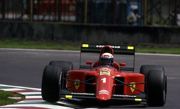Race winner Alain Prost (FRA) Ferrari 641 at Formula One World Championship, Rd6, Mexican Grand Prix, Mexico City, Mexico, 24 June 1990.
