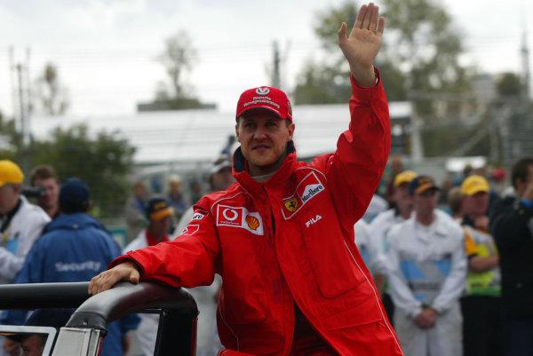 2002 Qantas Australian Grand Prix - RaceAlbert Park, Melbourne, Australia. 3rd March 2002.Michael Schumacher.World Copyright - Steve Etherington/LAT PhotographicRef: 12 5MB Digital Image Only