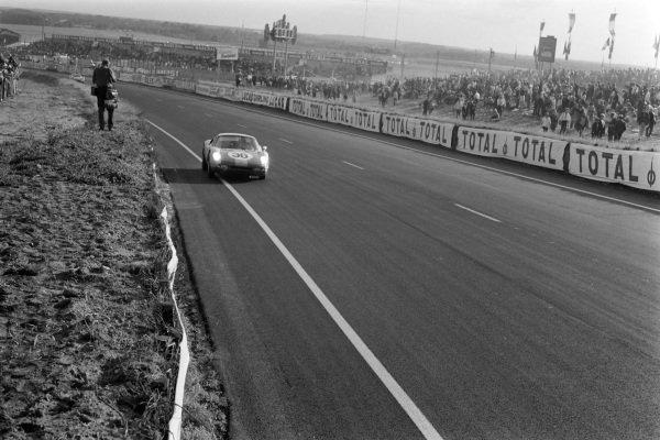 Gerhard Koch / Anton Fischhaber, Porsche System Engineering, Porsche 904/4 GTS.