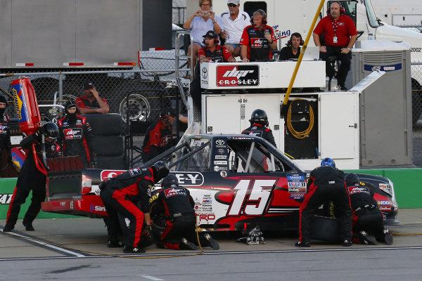 #15: Dylan Lupton, DGR-Crosley, Toyota Tundra Crosley pit stop