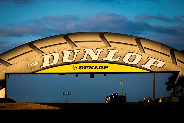 2016 Le Mans 24 Hours. Circuit de la Sarthe, Le Mans, France. Saturday 18 June 2016. Dunlop bridge. Porsche Team / Porsche 919 Hybrid - Romain Dumas (FRA), Neel Jani (CHE), Marc Lieb (DEU).  World Copyright: Zak Mauger/LAT Photographic ref: Digital Image _79P7508