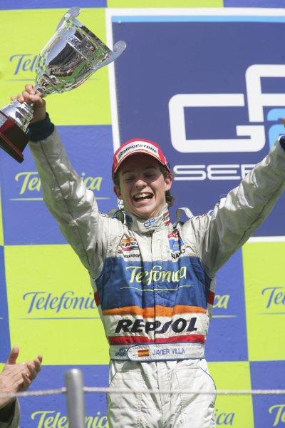 2007 GP2 Series. Round 2. Sunday RaceBarcelona, Spain. 13th May 2007. Javier Villa (ESP, Racing Engineering) on the podium.World Copyright: Andrew Ferraro/GP2 Series Media Sevice  ref: Digital Image ZP9O7180