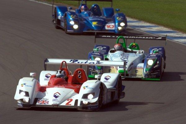 Hideki Noda (JPN) Zytek Engineering Zytek 06S leads Jean-Chrisophe Boullion (FRA) Pescarolo Sport Pescarolo C60 Judd and Nicolas Minassian (FRA) Creation Autosportif Creation CA06/H.Le Mans Series, Rd4, Donington Park, England, 28 August 2006.DIGITAL IMAGE