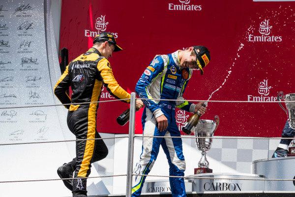 Jack Aitken (GBR, ART Grand Prix), Lando Norris (GBR, Carlin).
