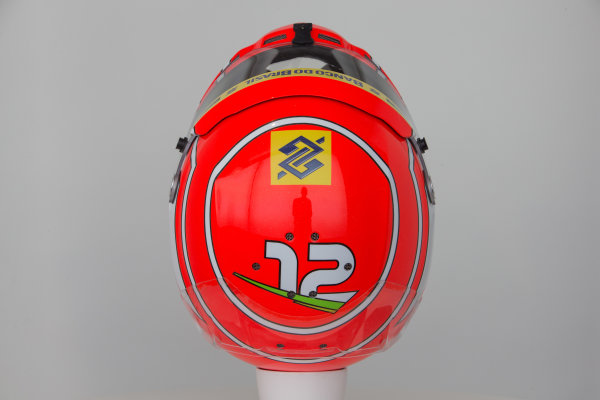 Sauber C34 Reveal. Hinwil, Switzerland. Thursday 29 January 2015. Helmet of Felipe Nasr. Photo: Sauber F1 Team (Copyright Free FOR EDITORIAL USE ONLY) ref: Digital Image Sauber_2015_Helmet_26