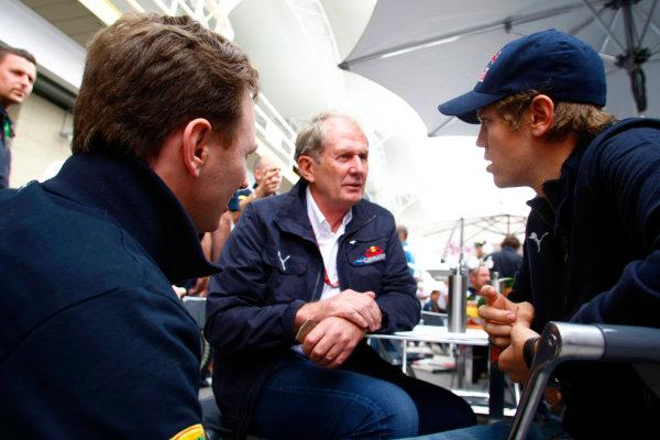 Interlagos, Sao Paulo, Brazil1st November 2008Christian Horner, Team Principal, Red Bull Racing, with Sebastian Vettel, Toro Rosso STR03 Ferrari. Portrait. World Copyright: Charles Coates/LAT Photographicref: Digital Image _26Y8690