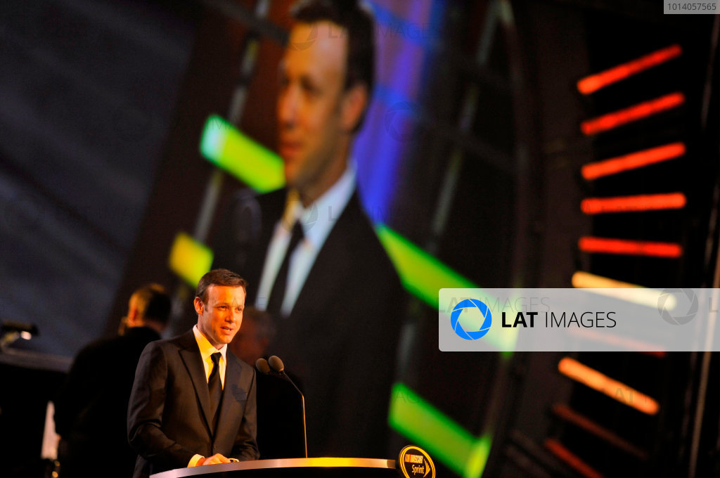 3-6 December, 2013, Las Vegas, Nevada USA Matt Kenseth, Dollar General Toyota Camry © 2013, Nigel Kinrade LAT Photo USA