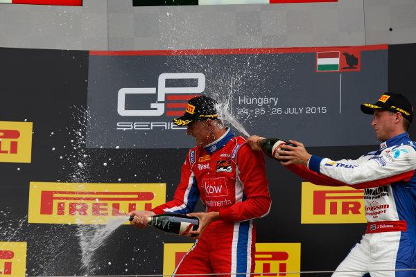 2015 GP3 Series Round 4.  Hungaroring, Budapest, Hungary. Sunday 26 July 2015. Kevin Ceccon (ITA, Arden International) & Jimmy Eriksson (SWE, Koiranen GP)  World Copyright: Sam Bloxham/LAT Photographic. ref: Digital Image _G7C3494