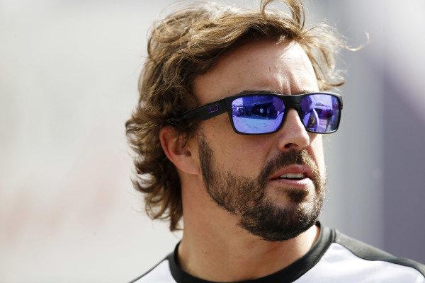 Circuit de Catalunya, Barcelona, Spain. Friday 8 May 2015. Fernando Alonso, McLaren. World Copyright: Charles Coates/LAT Photographic. ref: Digital Image _J5R0113