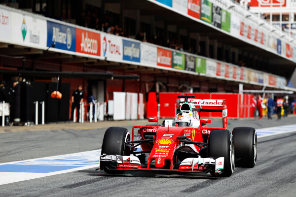 Circuit de Catalunya, Barcelona, Spain Monday 22 February 2016. Sebastian Vettel, Ferrari SF16-H. World Copyright: Sam Bloxham/LAT Photographic ref: Digital Image _G7C0754