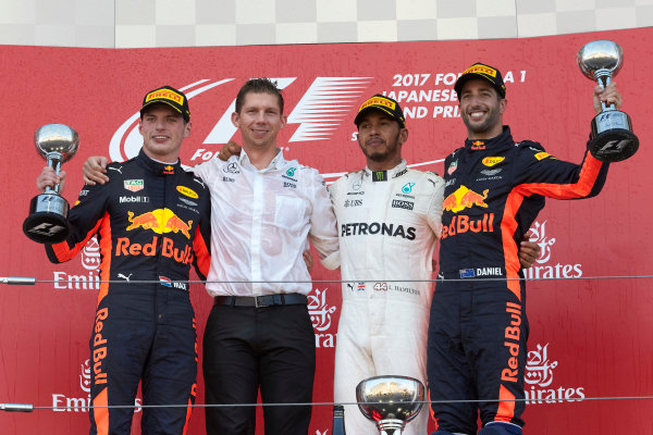 Suzuka Circuit, Japan. Sunday 8 October 2017. Max Verstappen, Red Bull, 2nd Position, James Vowles, Chief Strategist, Mercedes AMG, Lewis Hamilton, Mercedes AMG, 1st Position, and Daniel Ricciardo, Red Bull Racing, 3rd Position, on the podium. World Copyright: Steve Etherington/LAT Images  ref: Digital Image SNE15000