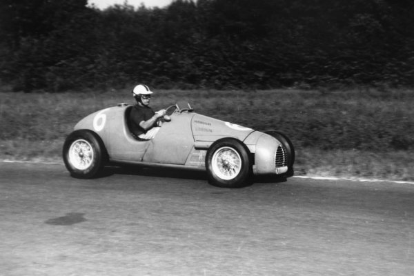 1952 Italian Grand Prix.Monza, Italy. 7 September 1952.Jean Behra (Gordini T16). Ref-52/51 #30A.World Copyright - LAT Photographic