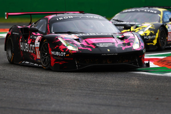 #83 Ferrari 488 GTE Evo / IRON LYNX / Manuela Gostner / Michelle Gatting / Rahel Frey