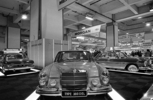 Mercedes Benz models: 300 SEL (centre), 220 D (left) and a SWB 600 model (right).