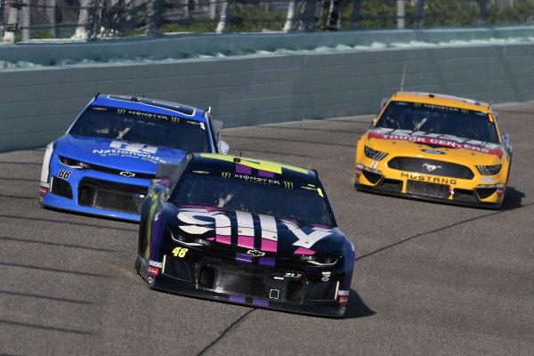 #48: Jimmie Johnson, Hendrick Motorsports, Chevrolet Camaro Ally an d #88: Alex Bowman, Hendrick Motorsports, Chevrolet Camaro Nationwide