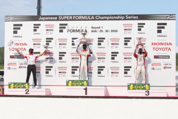 Winner Ryo Hirakawa, ITOCHU ENEX TEAM IMPUL, celebrates with (2nd position Kenta Yamashita, KONDO RACING and) team manager Masahiko Kondo acting on behalf of Kenta Yamashita ) 3rd position Sacha Fenestraz, KONDO RACING