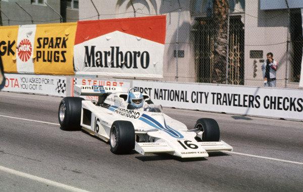 1977 United States Grand Prix West.Long Beach, California, USA.1-3 April 1977.Renzo Zorzi (Shadow DN8 Ford) retired.Ref-77 LB 02.World Copyright - LAT Photographic