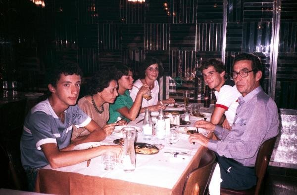 Ayrton Senna (BRA) enjoys a meal with his family at a restaurant in Rio prior to his debut Grand Prix with Toleman. Brazilian Grand Prix, Jacarepagua, Rio de Janeiro, 25 March 1984.