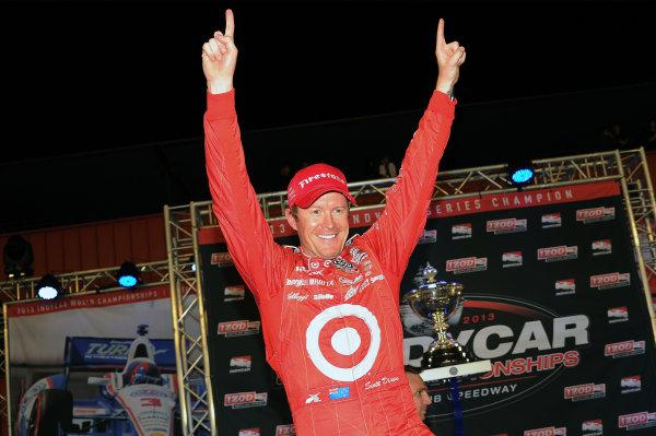 Scott Dixon (NZL) Target Chip Ganassi Racing celebrates clinching the 2013 Indycar Series Championship.Izod Indycar Series, Rd16, MAVTV American Real 500, Fontana, USA, 18-19 October 2013.