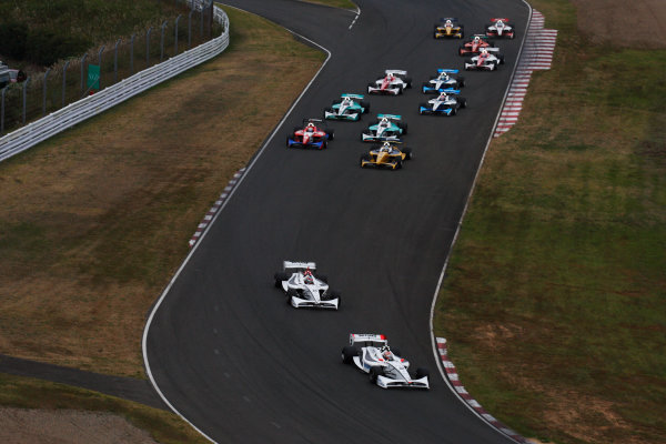 Sugo, Japan. 26th - 27th September 2009.Rd8  - Start of the race, action.World Copyright: Yasushi Ishihara/LAT Photographicref: Digital Image 2009FN_Rd8_002