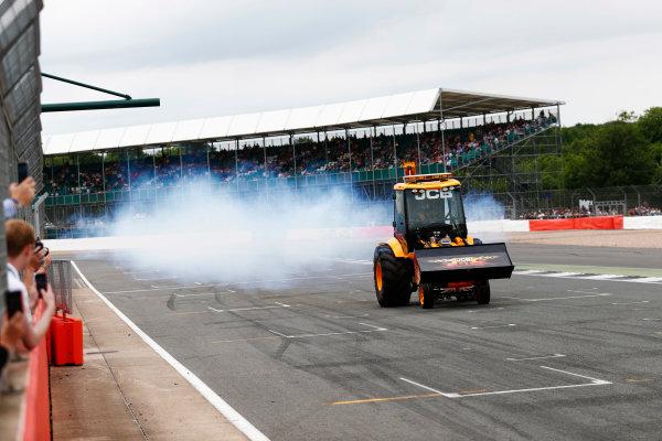 Williams 40 Event Silverstone, Northants, UK Friday 2 June 2017. A JCB performs a demonstration. World Copyright: Sam Bloxham/LAT Images ref: Digital Image _J6I6776