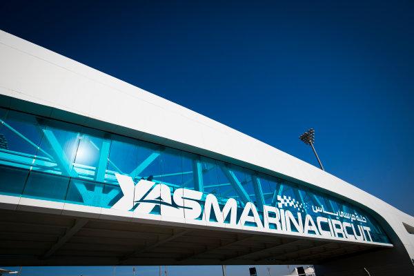 2017 FIA Formula 2 Round 11. Yas Marina Circuit, Abu Dhabi, United Arab Emirates. Thursday 23 November 2017. Yes Marina Circuit Bridge Photo: Sam Bloxham/FIA Formula 2. ref: Digital Image _W6I1645