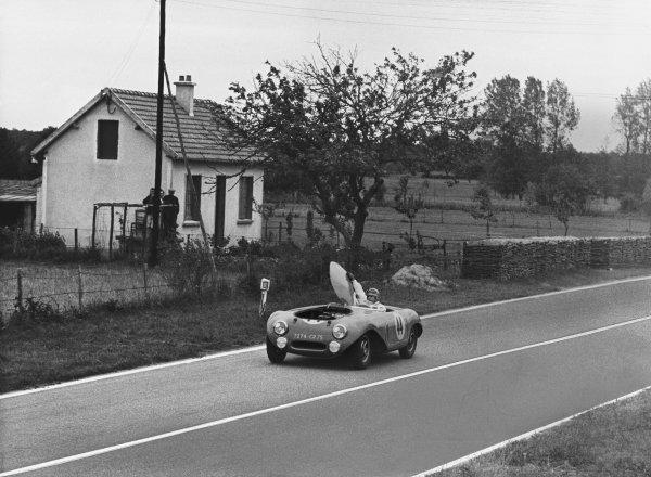 Le Mans, France. 12th - 13th June 1954 Edmond Mouche/Alexis Constantin (Constantin Peugeot Compression), retired, action. World Copyright: LAT Photographic Ref: Autocar Used Pic 18th June 1954 Pg 874.