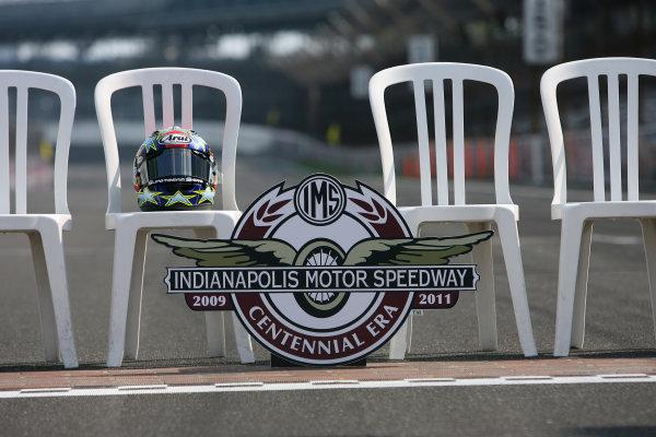 Indianapolis Grand Prix, Indianapolis, USA.28th - 30th August 2009.Colin Edwards helmet awaits its rider.World Copyright: Martin Heath/LAT Photographic ref: Digital Image SE5K4175
