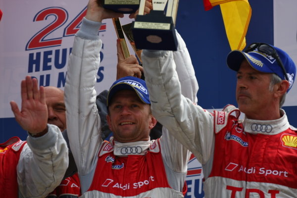 Circuit de La Sarthe, Le Mans, France.8th - 14th June 2009. Allan McNish/Tom Kristensen/Rinaldo Capello, No 1 Audi R15 TDI, 3rd overall, on the podium. Portrait. Podium. World Copyright: Kevin Wood/LAT Photographic Photographic Ref: IMG_7065 JPG