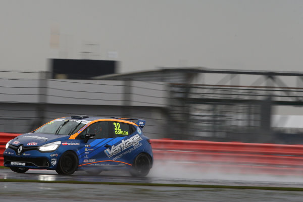 2017 Renault Clio Cup, Silverstone, Northants, UK. 16th-17th September 2017 James Dorlin (GBR) Westbourne Motorsport Renault Clio Cup World copyright. JEP/LAT Images