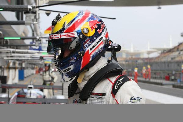 2015 FIA World Endurance Championship, Shanghai, China, 30th October - 1st November 2015, Mark Webber /  Porsche Team Porsche 919 Hybrid  World copyright. Jakob Ebrey/LAT Photographic