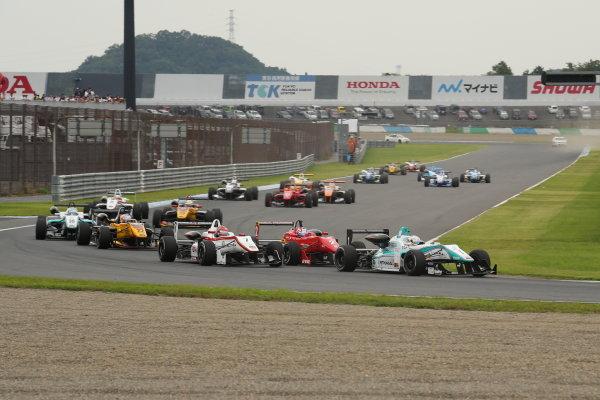 2014 All-Japan F3 Championship. Motegi, Japan. 23rd - 24th August 2014. Rd 5. Race 1 - Start of the race action. World Copyright: Yasushi Ishihara / LAT Photographic. Ref:  2014JF3_Rd10&11_001.JPG