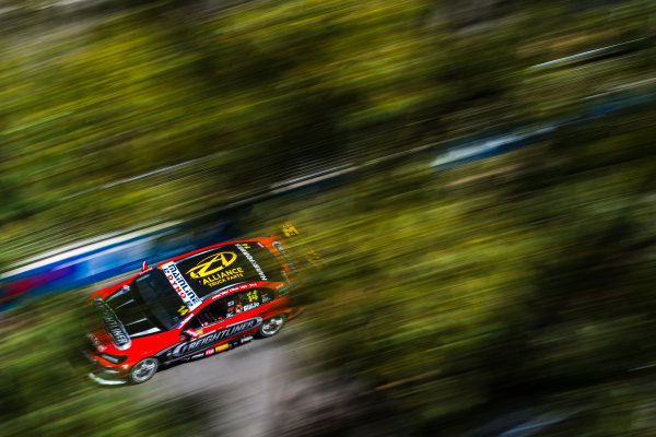 2016 Supercars Championship Round 14.  Sydney 500, Homebush Street Circuit, New South Wales, Australia. Friday 2nd December to Sunday 4th December 2016. Tim Slade drives the #14 Freightliner Racing Holden Commodore VF. World Copyright: Daniel Kalisz/LAT Photographic Ref: Digital Image 021216_VASCR14_DKIMG_0806.JPG