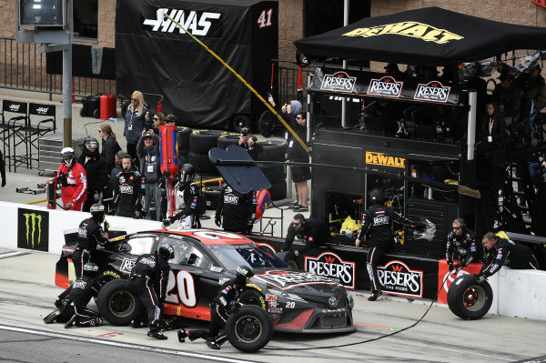 #20: Erik Jones, Joe Gibbs Racing, Toyota Camry Reser's Fine Foods